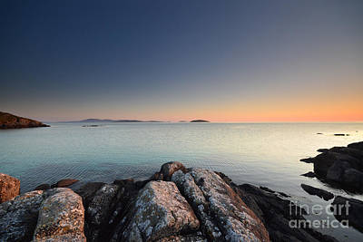 Bay Photograph - Barra Views by Stephen Smith