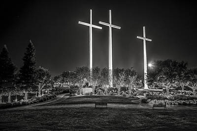 Andy Crawford Photograph - Bearing Witness In Black-and-white 2 by Andy Crawford