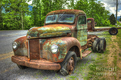 Beauty And The Best 1947 International Harvester Kb 5 Truck Print by Reid Callaway