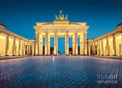 Mauer Photograph - Berlin Brandenburg Gate by JR Photography