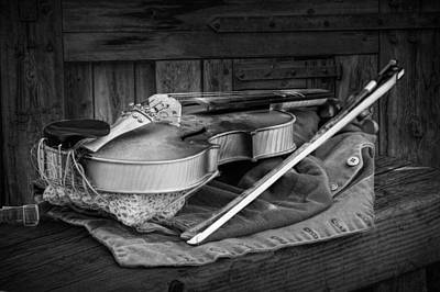 Violin Bows Violin Bows Photograph - Black And White Of Acoustic Country Fiddle by Randall Nyhof