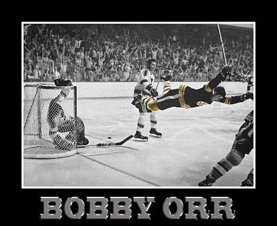 Bobby Orr 5 Print by Andrew Fare
