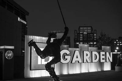 Bobby Orr Statue Td Garden Boston Ma Black And White Print by Toby McGuire