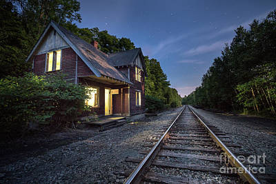 Maine Mountains Photograph - Bodfish Foreman's House by Benjamin Williamson