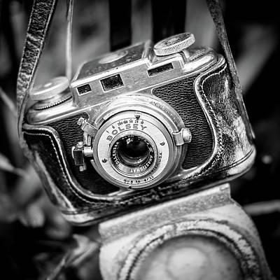 Evens Photograph - Bolsey B Rangefinder Camera by Jon Woodhams