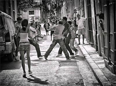 Havana Photograph - Bovver by Herbert A. Franke