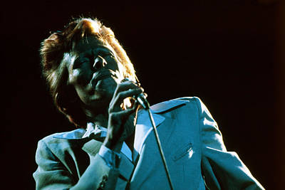 On-stage Photograph - Bowie Blue   by Terry O'Neill