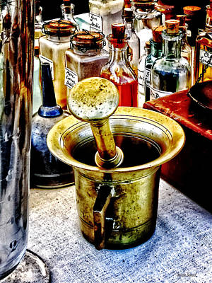 Mortar Photograph - Brass Mortar And Pestle With Handles by Susan Savad