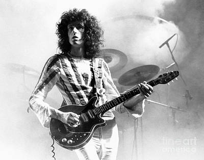 Queen Photograph - Brian May Of Queen 1975 by Chris Walter