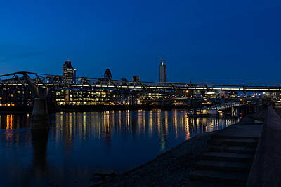 British Symbols And Landmarks - Millennium Bridge And Thames River At Low Tide Print by Georgia Mizuleva