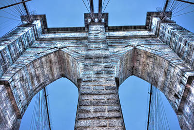 Brooklyn Bridge Arch Close Up Original by Randy Aveille