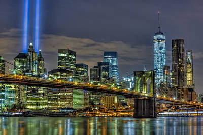 Brooklyn Bridge Nyc 911 Tribute Print by Susan Candelario