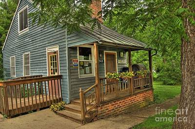 Rockbridge Photograph - Brownsburg Post Office by Todd Hostetter