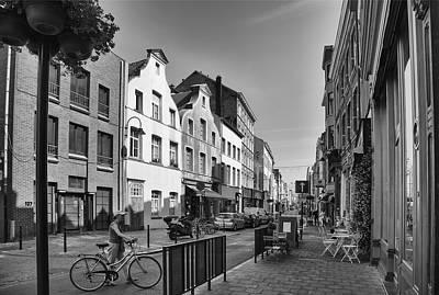 Bruxelles Photograph - Brussels Street Scene IIi by Georgia Fowler