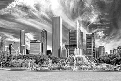 Buckingham Fountain Skyscrapers Black And White Print by Christopher Arndt