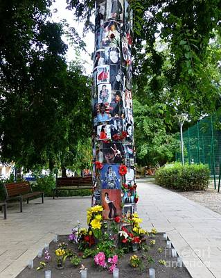King Of Pop Photograph - Budapest's Michael Jackson Memorial Tree by Barbie Corbett-Newmin