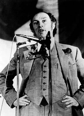 Candid Photograph - Canadian Prime Minister Pierre Trudeau by Everett