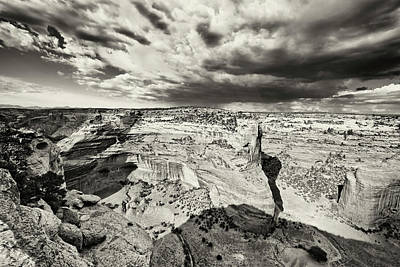 Balck Art Photograph - Canyon De Chelly  by George Oze