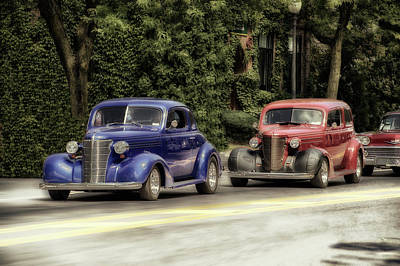 Cars Crusing In Skaneateles New York  Print by Thomas Woolworth