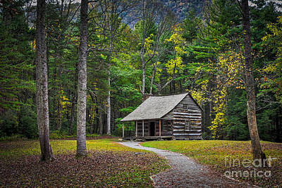 Carter Shields Cabin In Cades Cove Tn Great Smoky Mountains Landscape Print by T Lowry Wilson