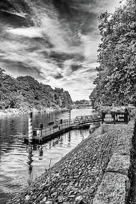 Photograph - Castle Water Bus Stop 1 Mono by Steve Purnell