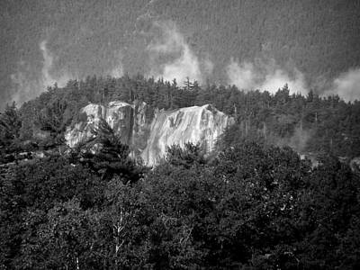 Climbing Photograph - Cathedral Ledge Mist I by Frank LaFerriere