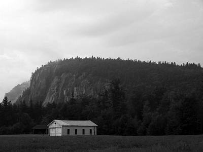 Climbing Photograph - Cathedral Ledge With Barn Bw by Frank LaFerriere