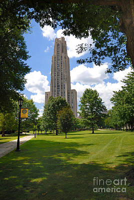 Allegheny County Photograph - Cathedral Of Learning University Of Pittsburgh by Amy Cicconi