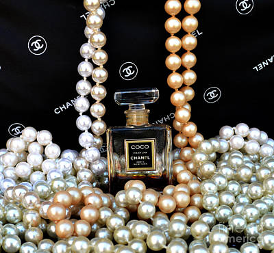 Chanel Coco With Pearls Print by To-Tam Gerwe