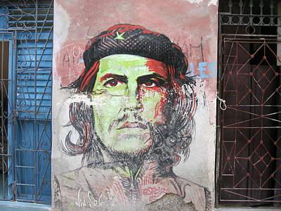 Che Guevara On The Wall Havana Print by Maksym Tretyak