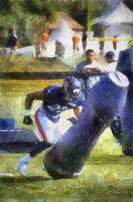 Scoreboard Mixed Media - Chicago Bear Camp Hitting The Pads Pa 01 Vertical by Thomas Woolworth