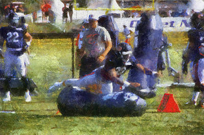 Scoreboard Mixed Media - Chicago Bear Camp Hitting The Pads Pa 03 by Thomas Woolworth
