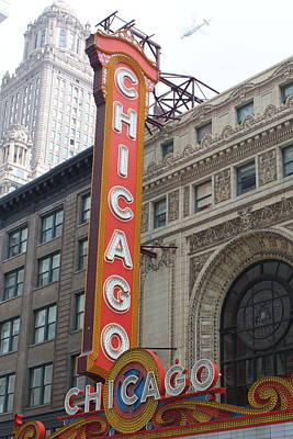 Chicago Theater Sign Print by Lauri Novak