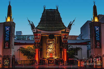 Los Angeles Skyline Photograph - Chinese Theatre by Art K