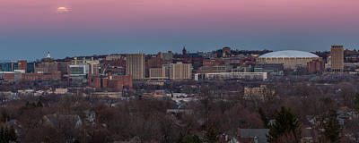 Syracuse Ny Photograph - Christmas Eve Skyline by Everet Regal