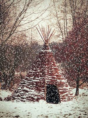 Christmas Tent Print by Wim Lanclus