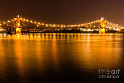 Cincinnati Roebling Bridge At Night Print by Paul Velgos
