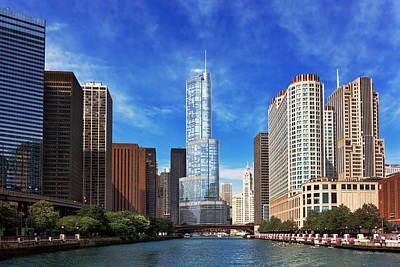 Columbus Drive Photograph - City - Chicago Il - Trump Tower by Mike Savad