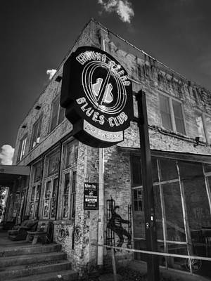 Clarksdale - Ground Zero Blues Club 001 Bw Print by Lance Vaughn