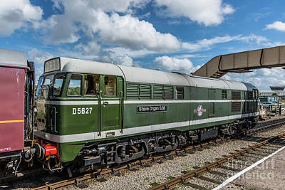 Photograph - Class 31 Diesel 2 by Steve Purnell