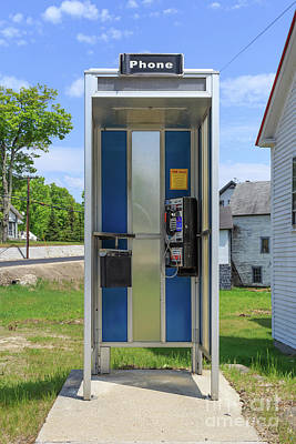 Country Store Photograph - Classic Pay Phone Booth by Edward Fielding