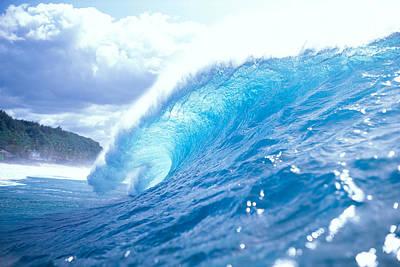 Clear Blue Wave Print by Vince Cavataio - Printscapes