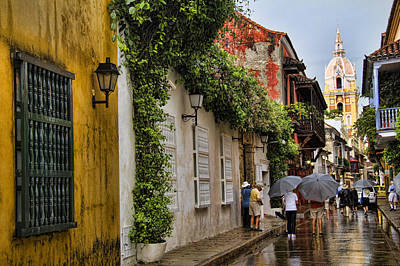 Colombia Photograph - Colonial Buildings In Old Cartagena Colombia by David Smith
