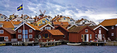 Wooden Houses Photograph - Colors Of Sweden by Frank Tschakert