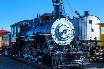 Old Trains Photograph - Coos Bay Train 104 by Garry Gay