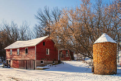 Corn Cribbed Barn Print by Todd Klassy