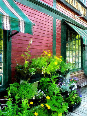 Vermont Country Store Photograph - Country Store by Susan Savad