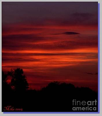 Owensboro Kentucky Photograph - Crimson Sky by Mike Hazelwood