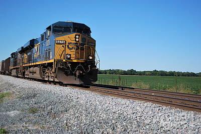 Csx Photograph - Csx Train Engine by Pamela Baker