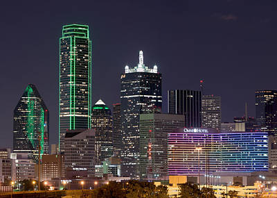 Dallas Skyline Photograph - Dallas Skyline 040915 by Rospotte Photography